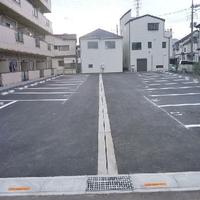 タイムズのB 遊馬町971-1グランドハイム美松駐車場の写真