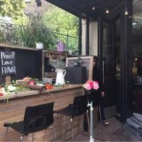 Peace Flower Market & Cafeの写真