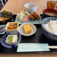 駅裏食堂 Hotel & RentaCar660の写真