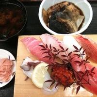 海鮮寿司 とれとれ市場の写真