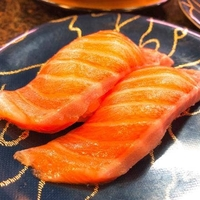 伊豆の回転寿司花まる銀彩 伊豆高原店の写真