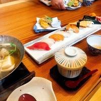 魚菜 八風 岩出店の写真