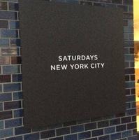 サタデーズ サーフ ニューヨーク 大阪店の写真