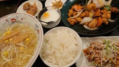 四季 和食 紅 水戸 東 北関東でよく見る謎の台湾料理店 四季紅は大盛りメニュー豊富のコスパ最強店!