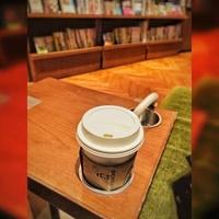 スターバックスコーヒー TSUTAYA 梅田 MeRISE店の写真