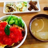 代官山 comecafe Osamu barの写真