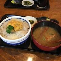 函館朝市マルヤマ商店の写真