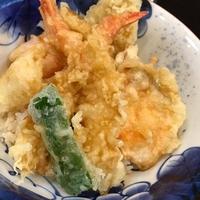 海鮮丼とろ作の写真