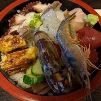 まるみつ寿司の写真