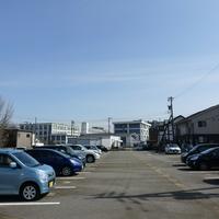 片山産業駐車場の写真