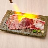 池袋東口 肉寿司の写真