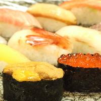 八食市場寿司の写真