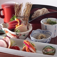 会津蕎麦と日本料理 湖穂里 (こおり)の写真