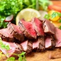 欧風個室の肉居酒屋 モイッチョ 錦伏見店の写真
