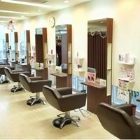 ヴォーグ美容室 アピカ店の写真