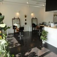 ヘア リゾート マイレ(hair resort maile)の写真
