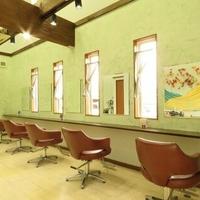 ヘアアピス 巣子店(hair apis)の写真