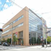 ココカラファイン セガミ薬局阪急三国店の写真