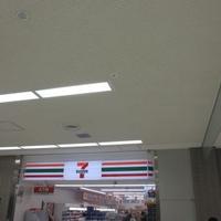 セブンイレブン 成田空港第二ターミナルB1Fの写真