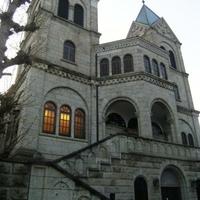 カトリック松が峰教会の写真