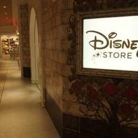 ディズニーストア ルクア大阪店の写真