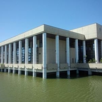 武豊町立図書館の写真