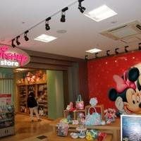 ディズニーストア 三宮クレフィ店の写真