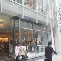 ZARA 銀座店の写真