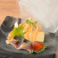 九吾郎ワインテーブルの写真