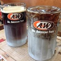 A&W 美里店の写真