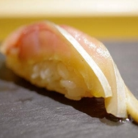丸萬寿司の写真