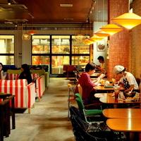 boogaloo cafe 寺町店の写真