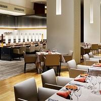 Main Dining La Pelouse Tokyo/ホテル ザ セレスティン 東京芝の写真