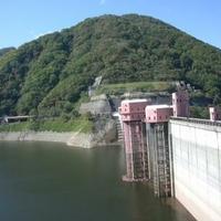 浅瀬石川ダム管理所の写真